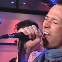 Stone Temple Pilots - Interstate Love Song on the Howard Stern Show (2000)