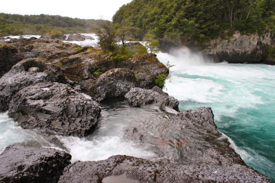 Los Saltos del Rio Petrohue