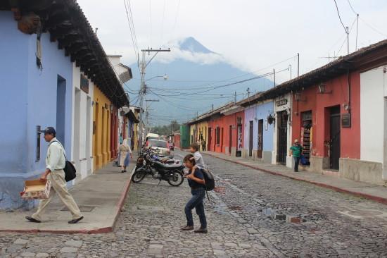 Guatemala_Antigua_Pacaya_volcano