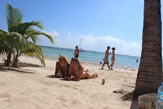 Akumal_beach_mexico
