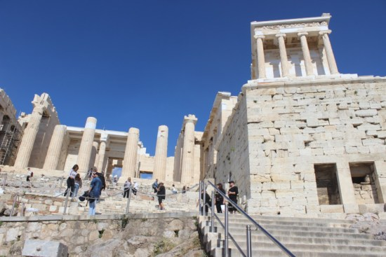 acropolis-athens-temple-that-wanderlust-travel-nomads-diving