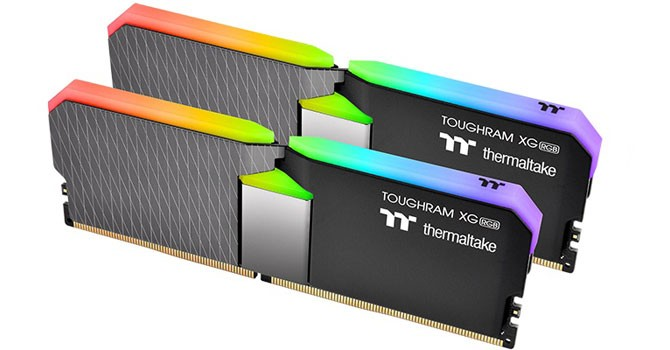 Thermaltake TOUGHRAM Likes To Dress Up 1