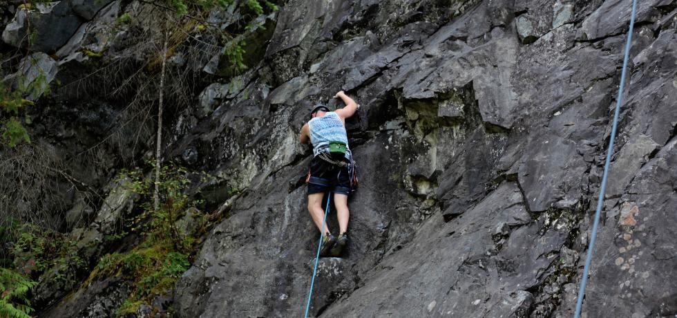 Rock Climbing in Rishikesh Uttarakhand