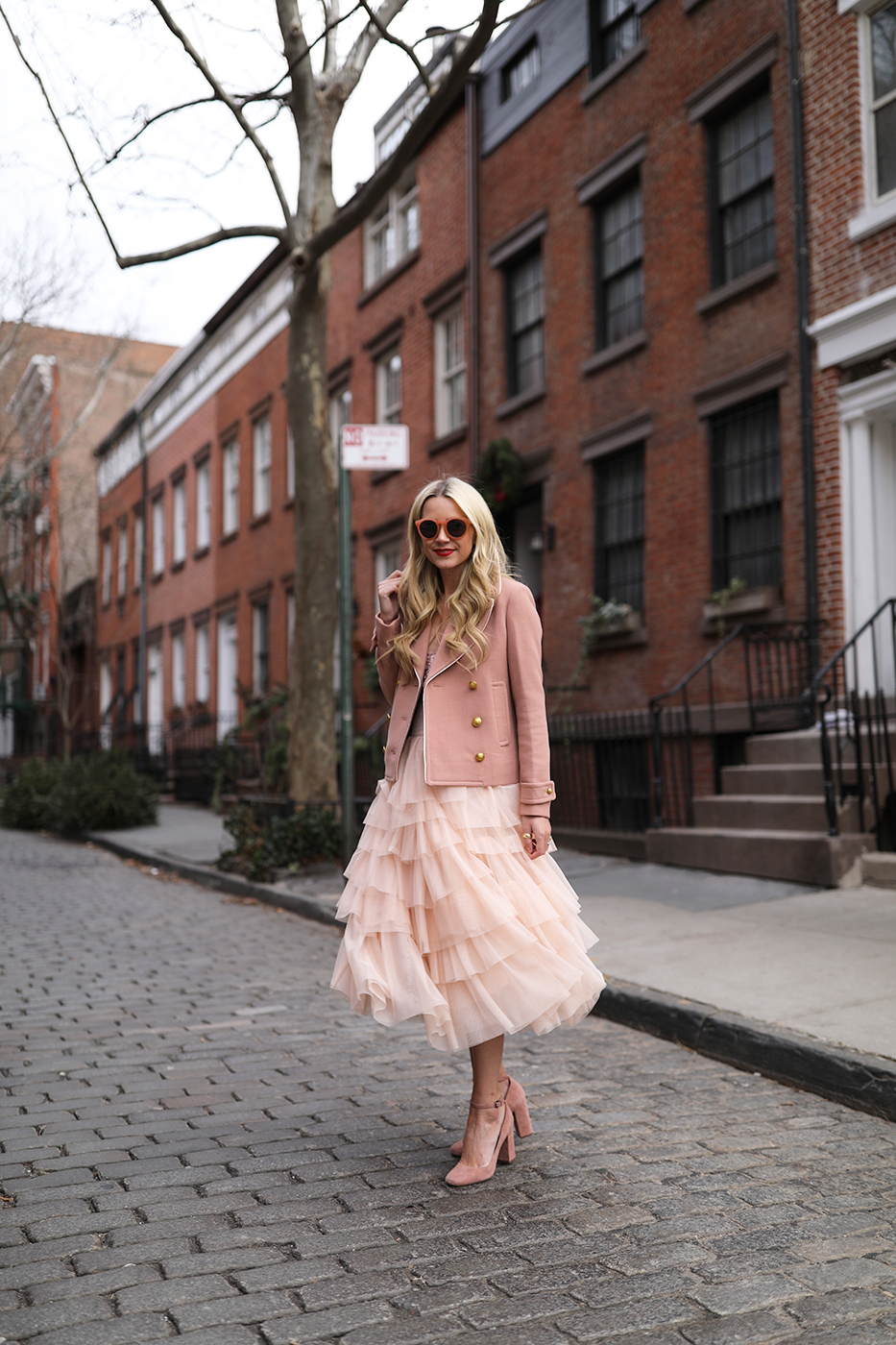 https://i2.wp.com/the-atlantic-pacific.com/wp-content/uploads/2017/01/blair-eadie-atlantic-pacific-blogger-nyc-west-village-winter-outfit-holiday.jpg