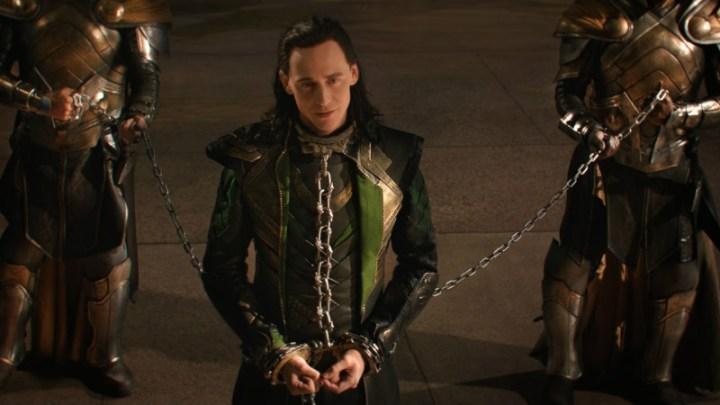 FCC-THOR-THE-DARK-WORLD-Loki-Chains