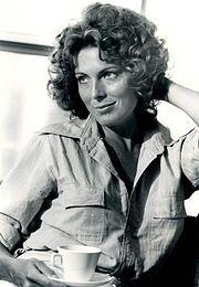 180px-1974_Actress_Joanna_Cassidy_Press_Photo