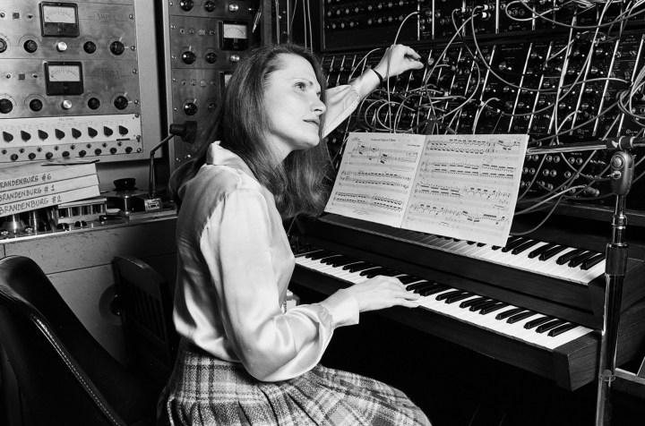 wendy-carlos-composer-bw-1979-billboard-1548