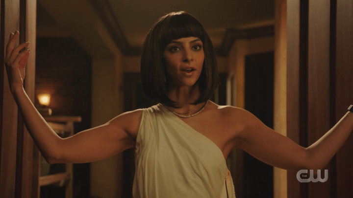 Legends of Tomorrow - Season 5, Episode 9 - The Great British Fake Off - Zari as Cleopatra