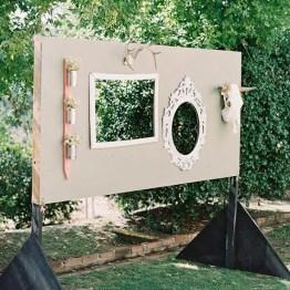 Dekor na svadbe - fotozona i zona pogelaniy (109)
