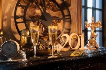 New Year sparkles: стилизованная съемка