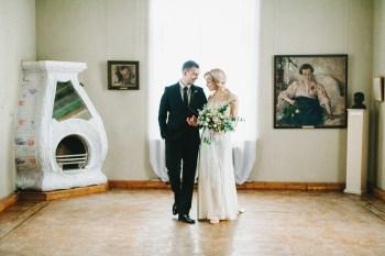 Этюд в золотых тонах: стилизованная фотосессия Олега и Леси