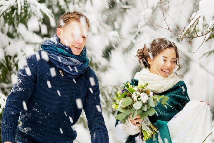 Свадьба перед Новым годом: как разделить эти праздники?