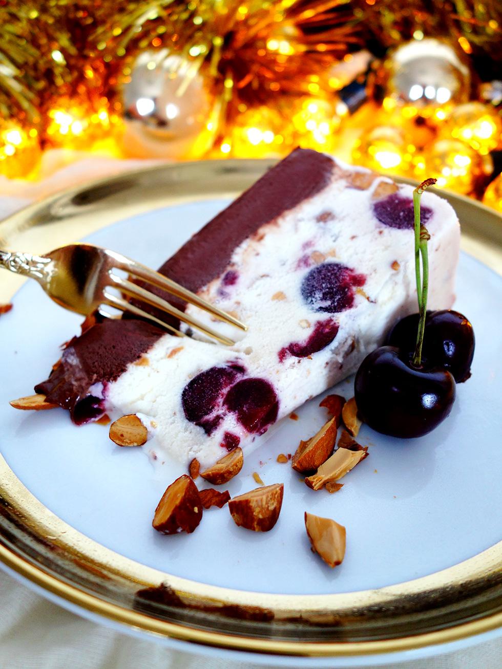 5 Ingredient Cherry Chocolate Almond Ice-Cream Christmas Cake