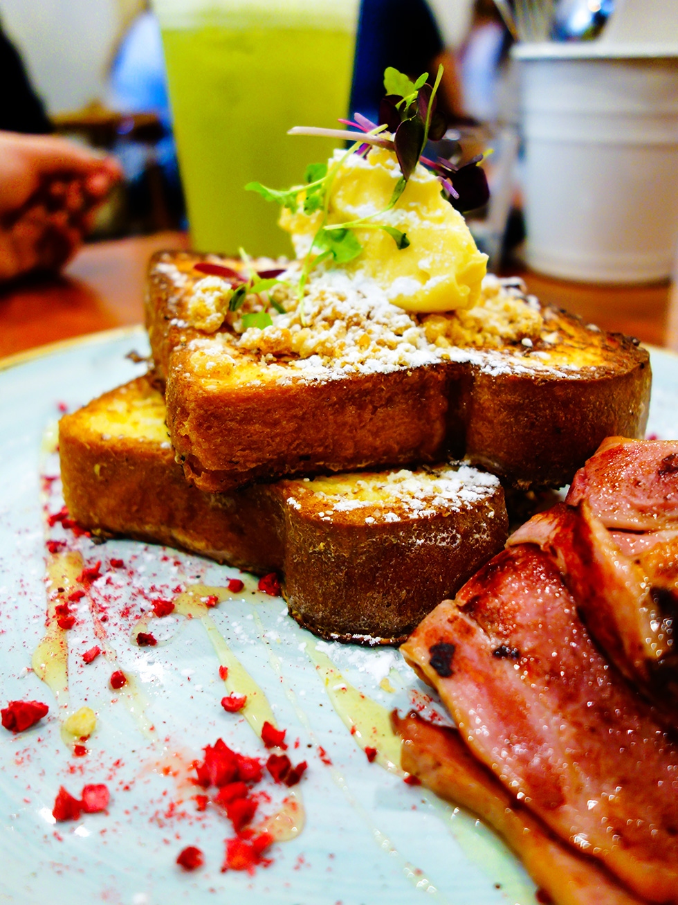 tbsp. restaurant cafe review Sweet French Toast brioche with whipped honey butter and cereal crunch