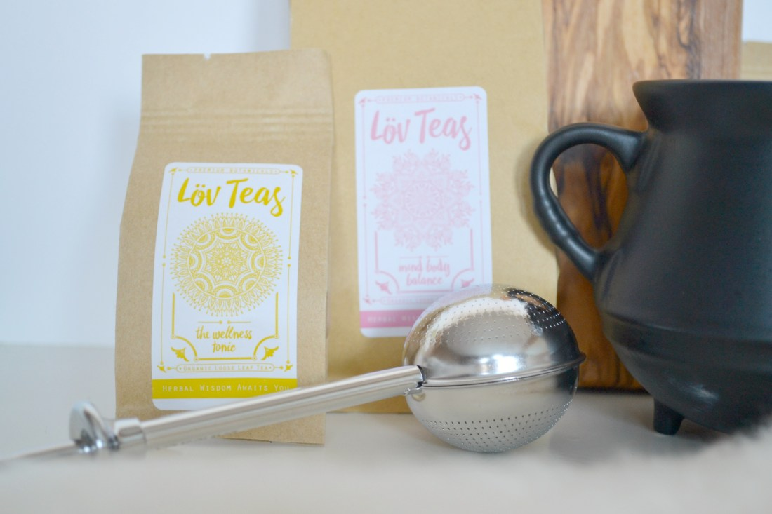 Lov Teas: Review and 20% off! Certified organic loose-leaf herbal teas // The Curious Button