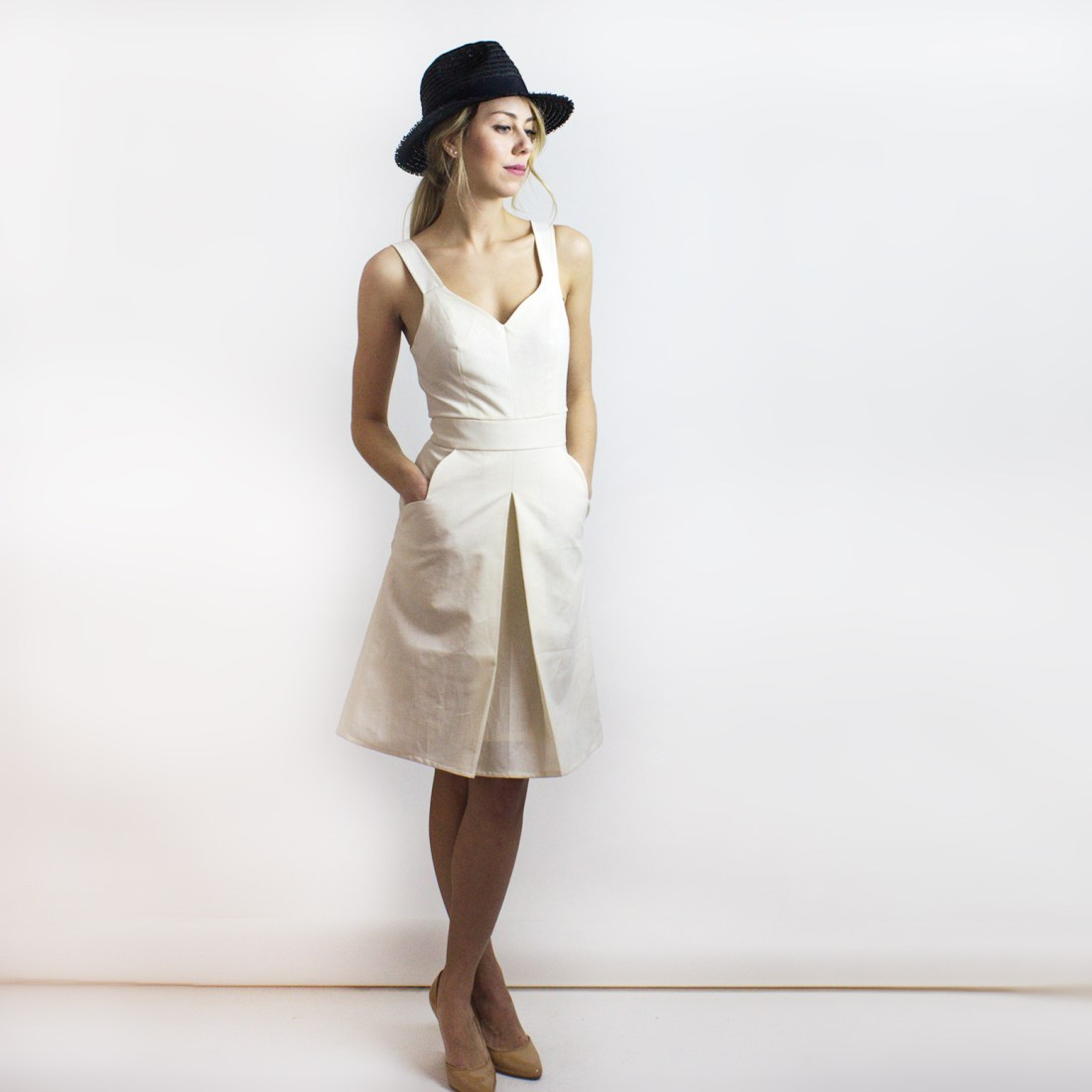 Hamptons Organic Cotton & Organic Linen Dress from Simone's Rose SS16 Collection | eco-conscious and sustainable women's fashion label made in downtown Toronto