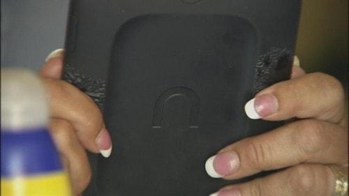 eReader + Sunscreen = Whoops e-Reading Hardware