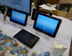 "Alcatel Unveiled an Upgradable 7"" Android Tablet at CES 2013 Conferences & Trade shows e-Reading Hardware"