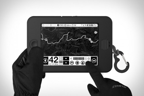 """Meet Earl, the Back-Country Android Tablet With a 6"""" E-ink Screen e-Reading Hardware"""