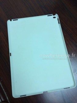 Leaked iPad Pro Case Confirms 4 Speakers, Size Apple e-Reading Hardware