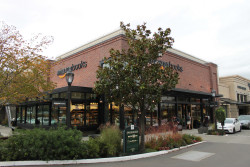 "It's Time to Revisit the ""400 Amazon Bookstores"" Rumor Amazon Bookstore Retail"