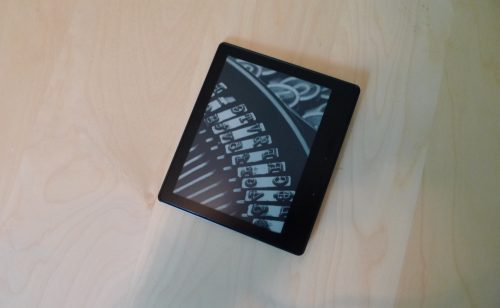 Kindle Oasis: Half a Kindle Paperwhite, at Three Times the Price e-Reading Hardware Kindle Reviews