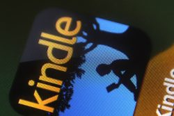 Kindle for iPad, iPhone 5.9 Adds Guided View, new Sideloading Option Uncategorized