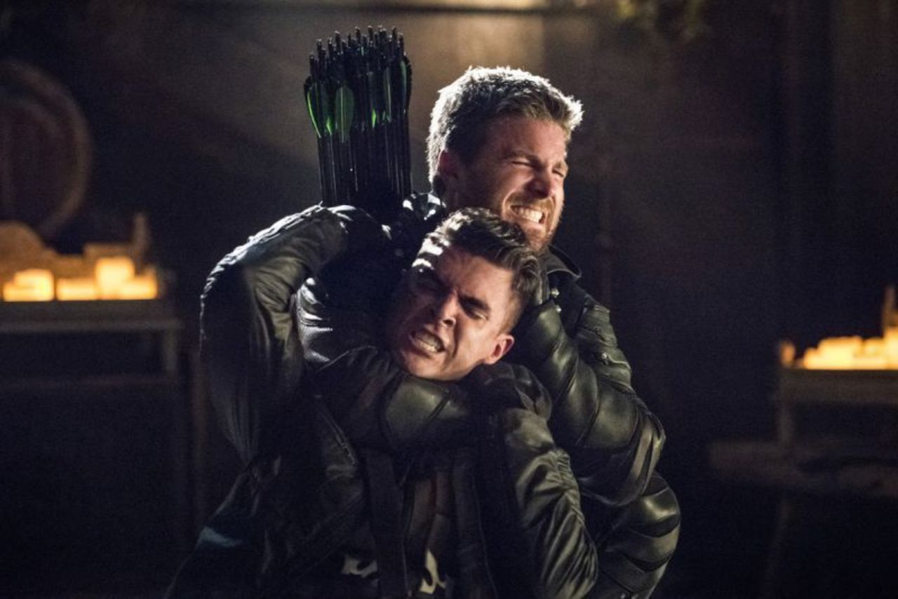 "ARROW: ""Lian Yu"" Season Five Finale RECAP"