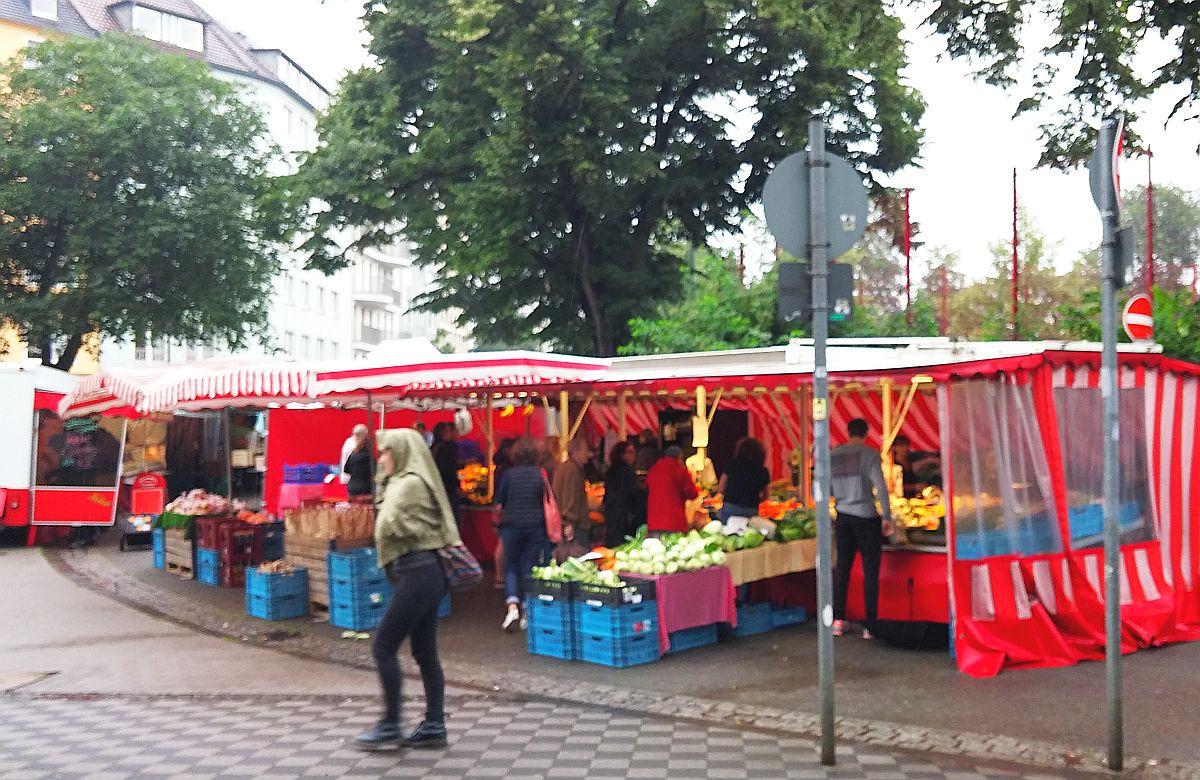 Poot auf dem Wochenmarkt am Fürstenplatz