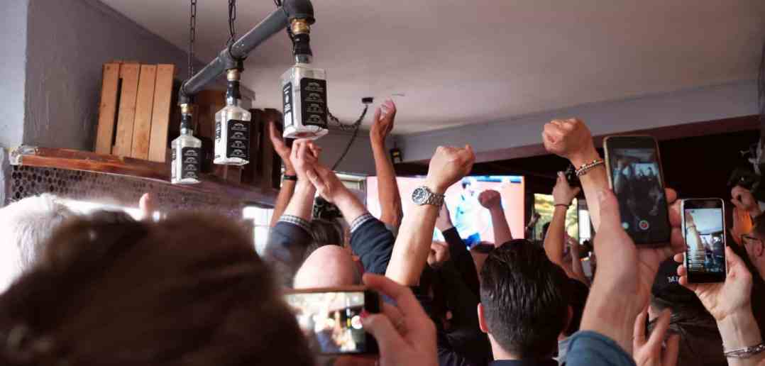 Dresden vs F95: Jubel beim ersten Tor im Bilker Häzz