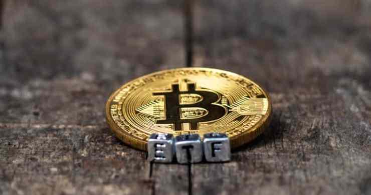 bitcoin etf vaneck bitcoin price