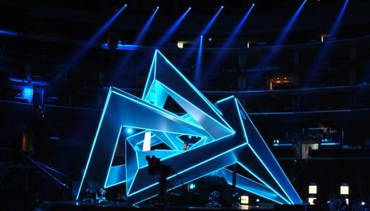 Tonight on Xbox Live Watch the 2015 MTV VMAs
