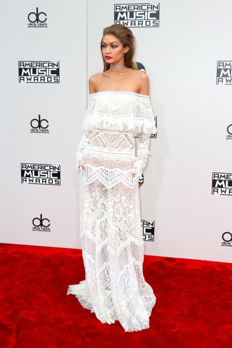 No One Could Steal the Spotlight at the AMAs — Because Every Look Was Crazy Good