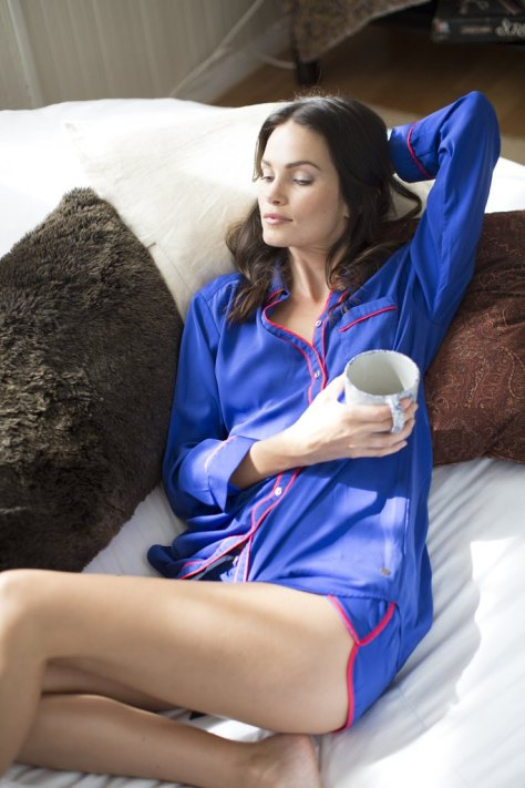 """Never Lounge in Their """"Good"""" Clothes: The reason why stylish women's clothes never look crumpled? They're not lounging in their blazers or silk dresses on the couch. Curl up in your favorite leggings or sweatpants, but please, don't do it in your poplin blouse. Fold and Hang Up Their Clothes: Your blouses and trousers aren't just going to magically unwrinkle after you've tossed them on the floor. Get in the habit of hanging up your clothes right after you wear them to ensure they're ready the next time you want to wear them, too. Know When to Wear Heels and When to Wear Flats: No one looks stylish hobbling down the street in too-high heels. A fashionable woman is also a smart woman — she stocks her closet with shoes that are as comfortable as they are sophisticated and knows when to pull out the stilettos or rely on a pair of pointed, polished flats."""