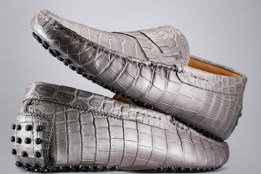 must-have-classic-shoes-DRIVING_Tods-Alligator