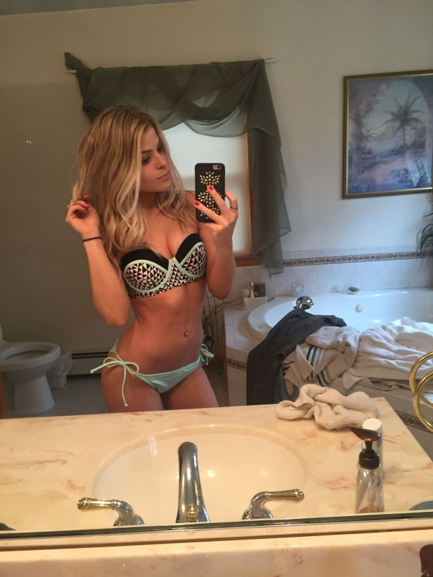 Valerie-Pac-Leaked-Fappening-6-thefappening.us