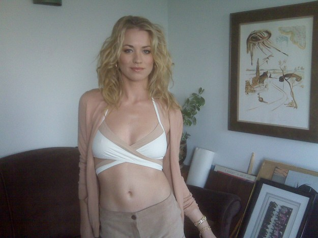 The Handmaid's Tale star Yvonne Strahovski nude photos leaked The Fappening 2018