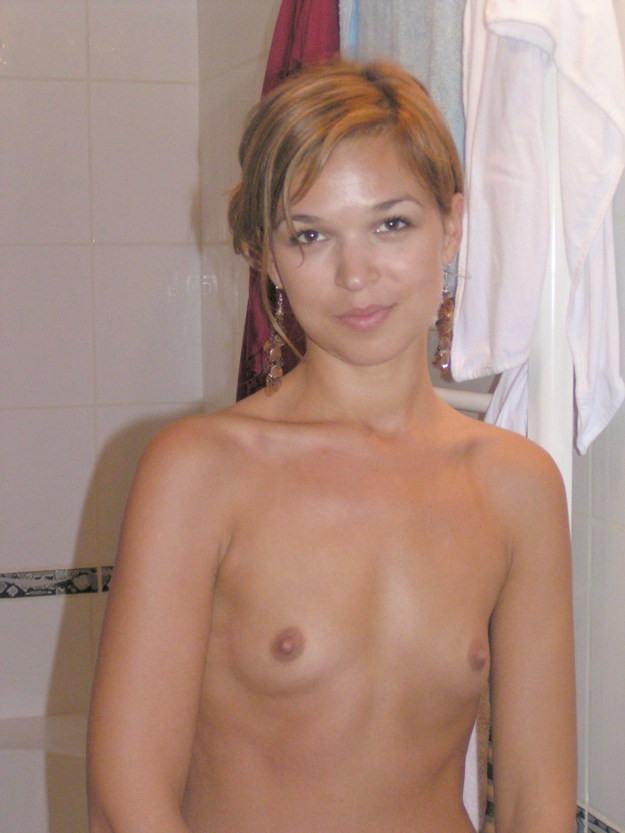 Actress Arielle Kebbel nude and blowjob photos leaked The Fappening