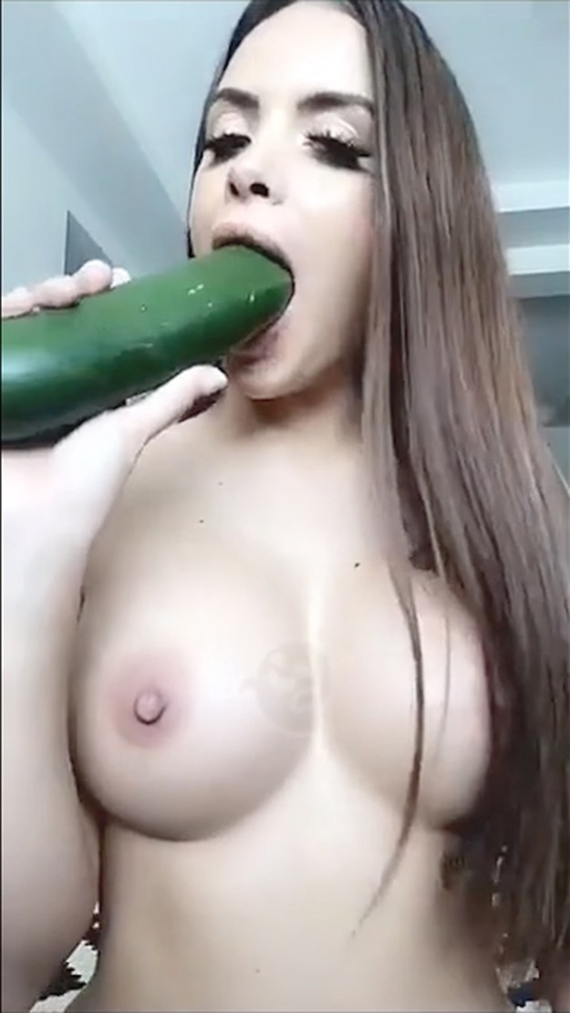 Allison Parker cucumber squirting masturbation SnapChat OnlyFans The Fappening 2019