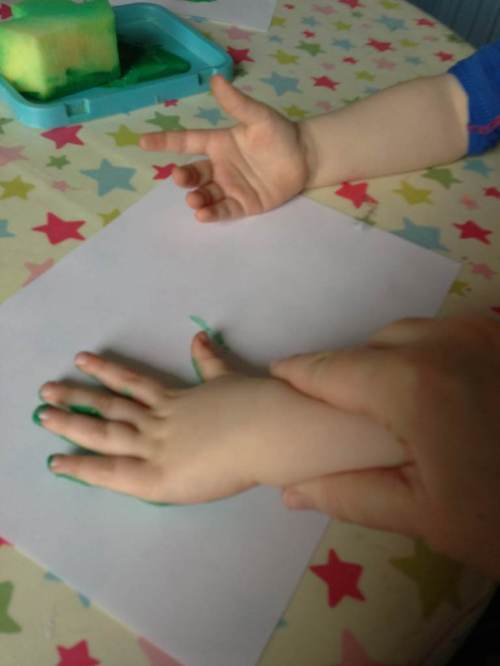 hand print painting