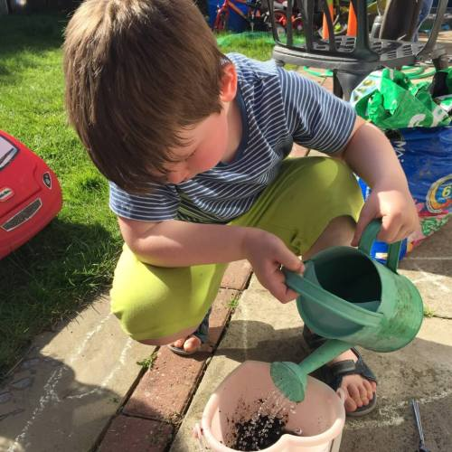 mud kitchen play