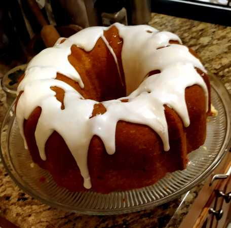 Glazed Million Dollar Pound Cake