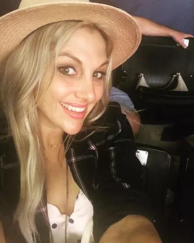 Gina Kirschenheiter Hat Pic