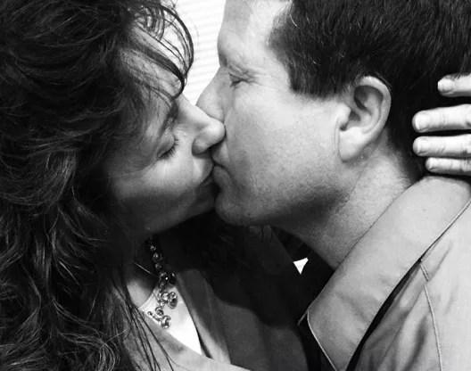 Jim bob and michelle duggar kiss