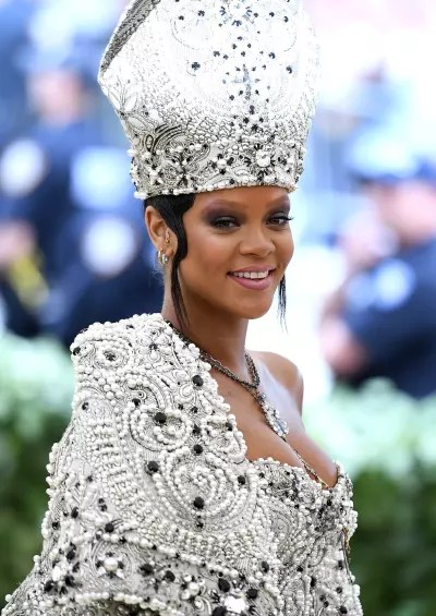 Rihanna Looks Like the Pope