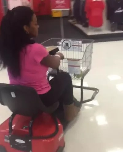 Kenya Moore Goes on a Target Run after C-section