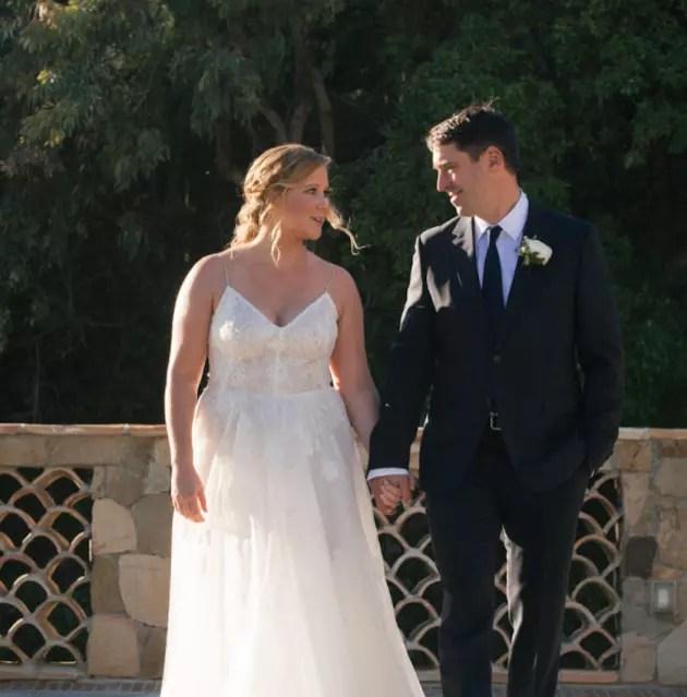 Amy Schumer And Chris Fischer Surprise Were MARRIED