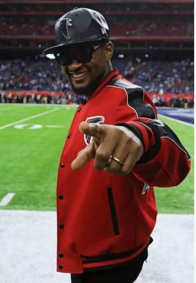 Usher at the Super Bowl