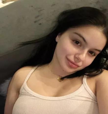 Ariel Winter, Makeup-Free Selfie