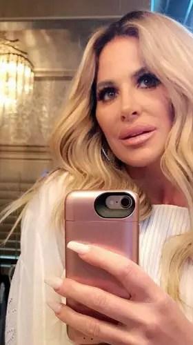 Kim Zolciak, Big Ol' Mirror Selfie